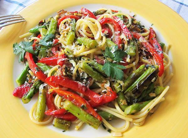 Charred Asparagus Pasta
