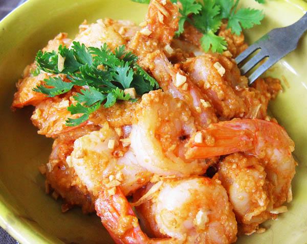 Salsa Romesco with Garlic  Shrimp