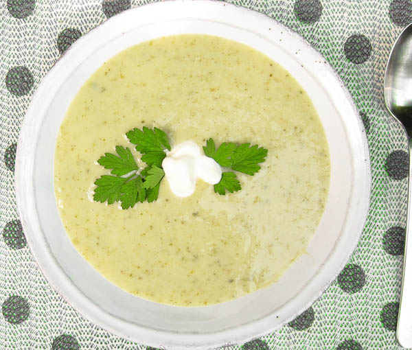 Chilled Celery & Parsley Soup