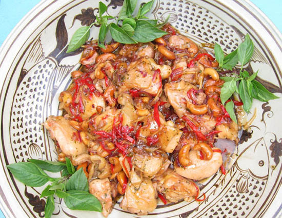 Fiery Thai Cashew Chicken
