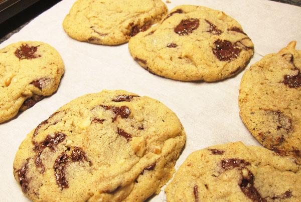 Salted Dark chocolate Chip Cookies with Black Walnuts
